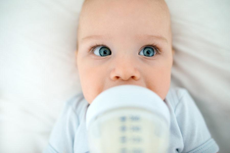 baby-wont-drink-milk