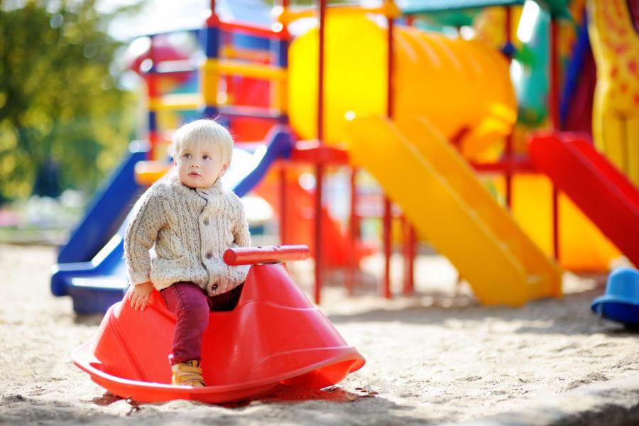 taking-baby-to-playground