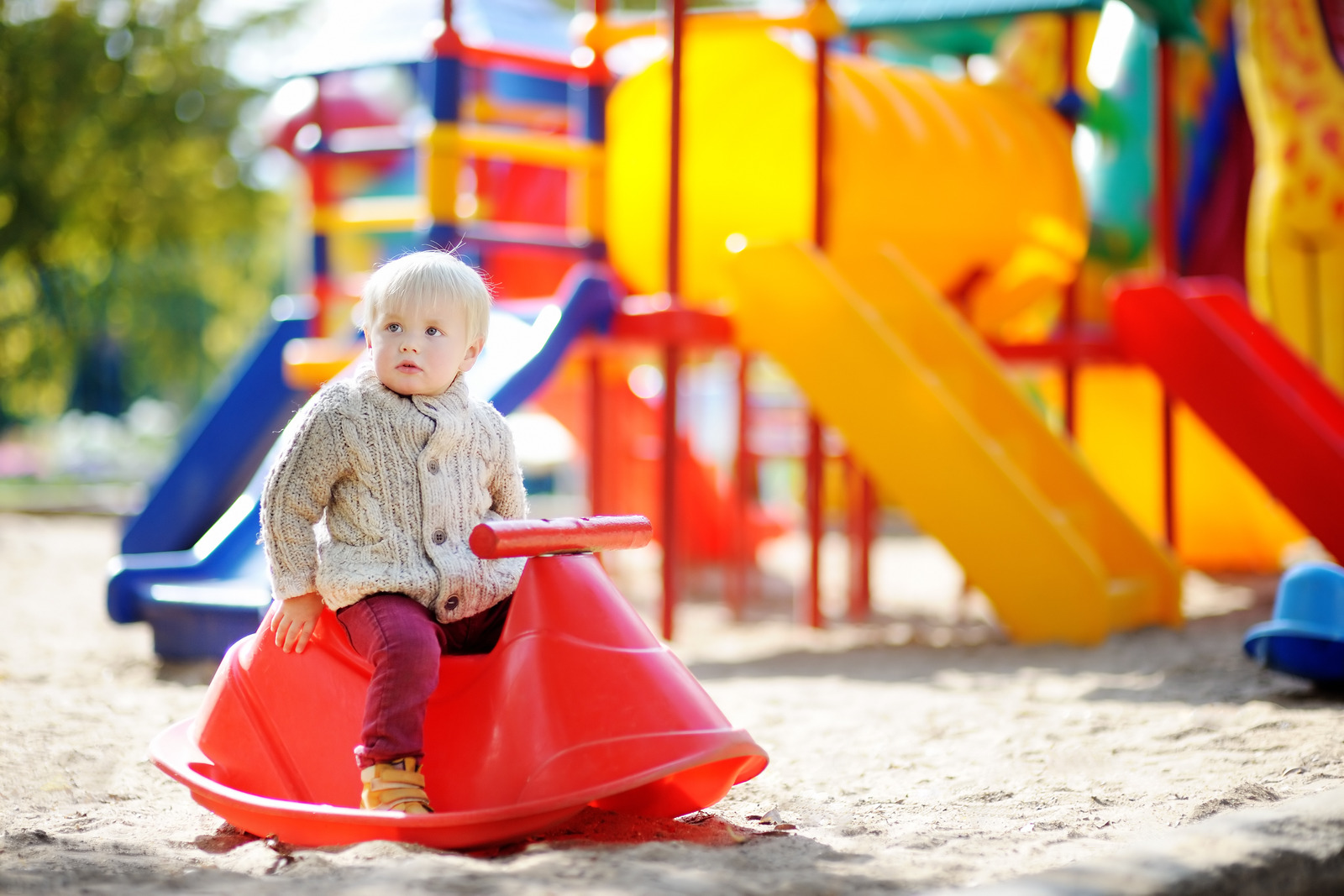 taking-baby-to-playground